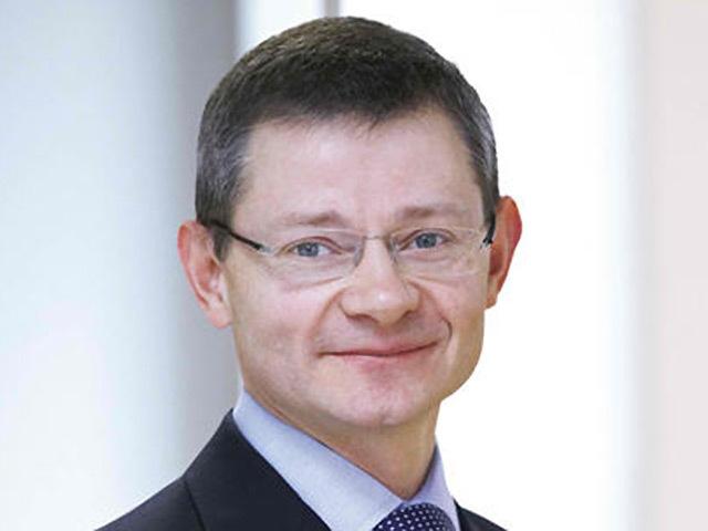 Simon Lowth