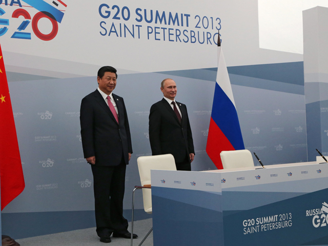 Russia's President Vladimir Putin and President of the People's Republic of China Xi Jinping before the signing of joint agreements at the G20 Leaders' Summit in Strelna. Photo: Russia G20