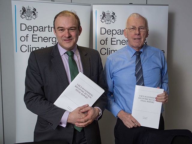 Sir Ian Wood (R) with the Secretary of State, Ed Davey