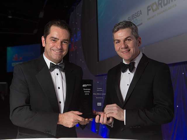 Bibby Offshore MD Howard Woodcock and COO Fraser Mooney with their award