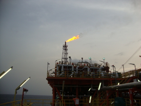 Flaring from the Oyo-8 well