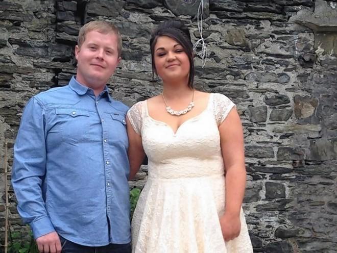 Mark Munro with girlfriend Karyse Anderson