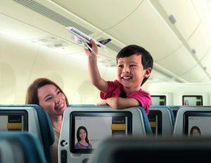 HR_A350_YCLExp_Toyplane_#150_Inc