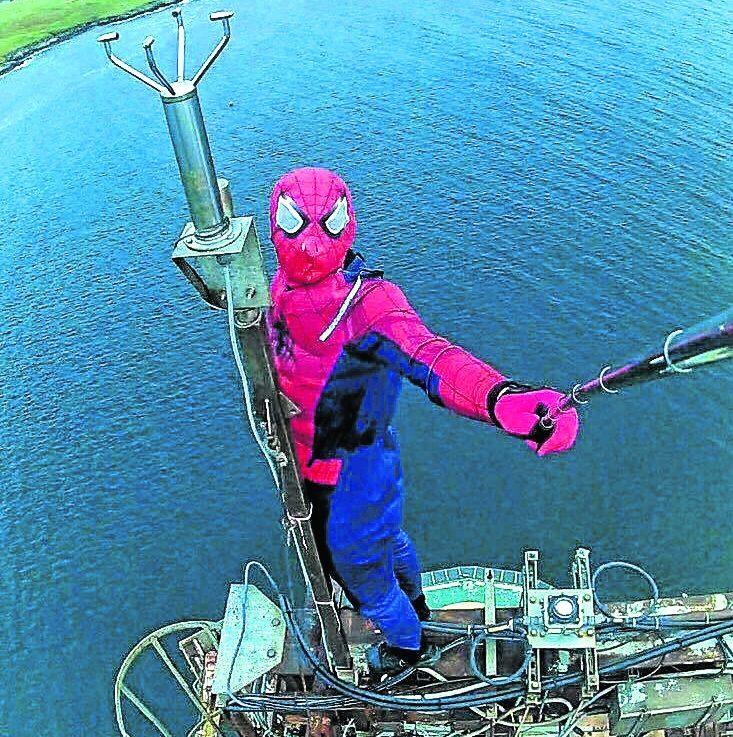 Spiderman's selfie stunt on oil platform. Shetland news