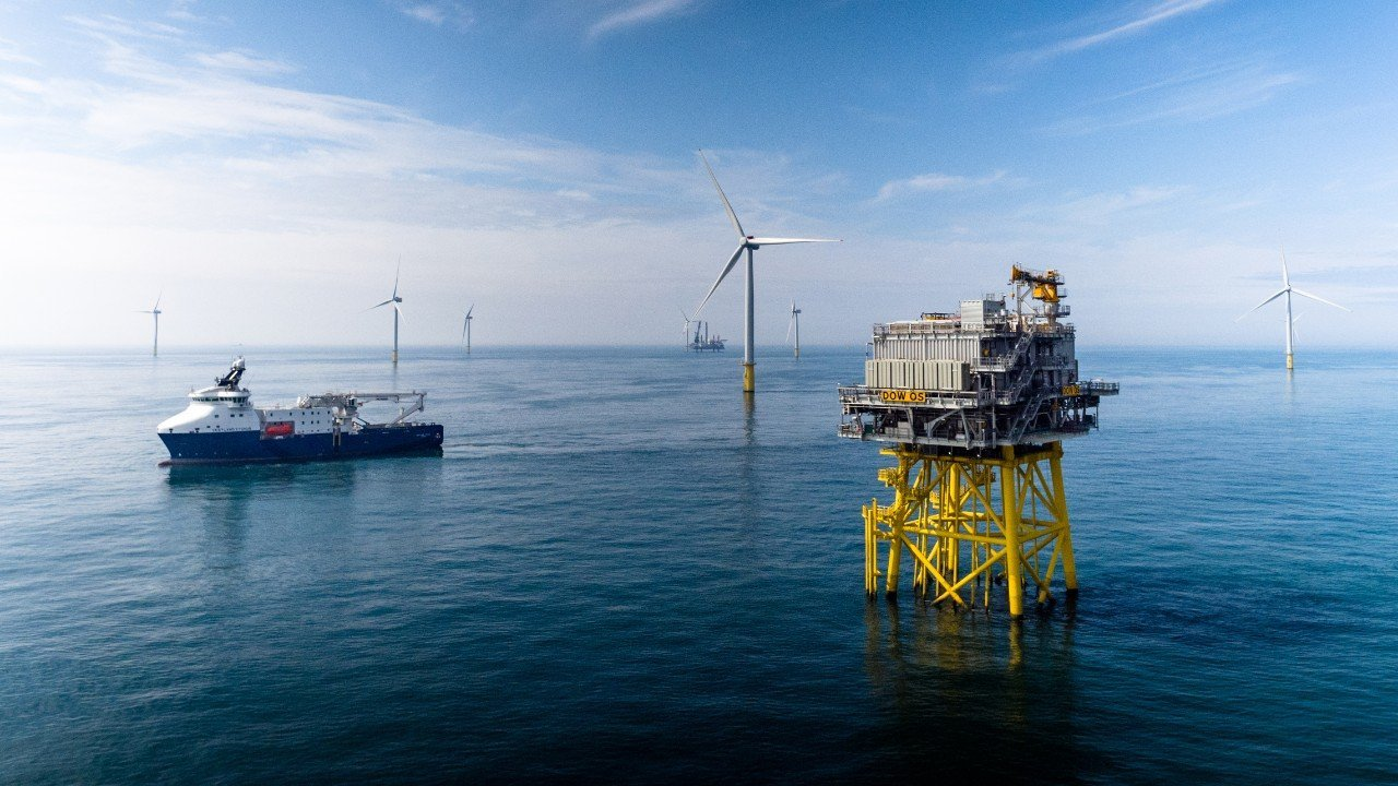 View of the Dudgeon wind farm. (Photo: Jan Arne Wold - Woldcam / Statoil ASA)