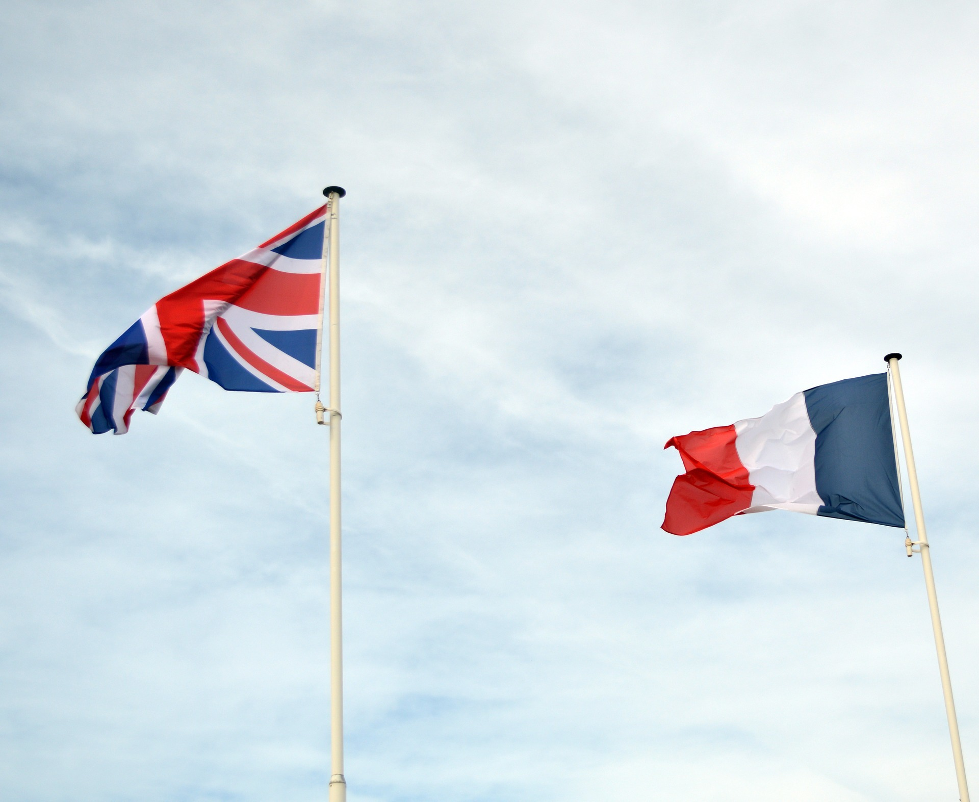 UK and France agree closer energy collaboration.