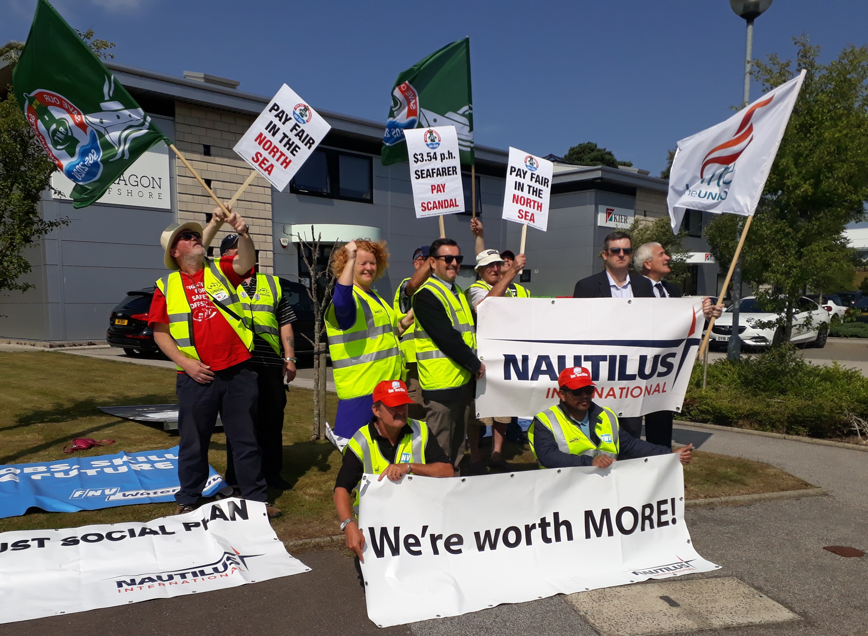 Borr Drilling protest by Nautilus, RMT and Unite unions.