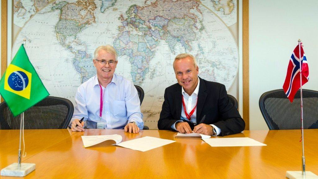 CEO Renato Bertani (left), Barra Energia, and Anders Opedal, Brazil country manager. (Photo: Guilherme Botelho / Equinor ASA)
