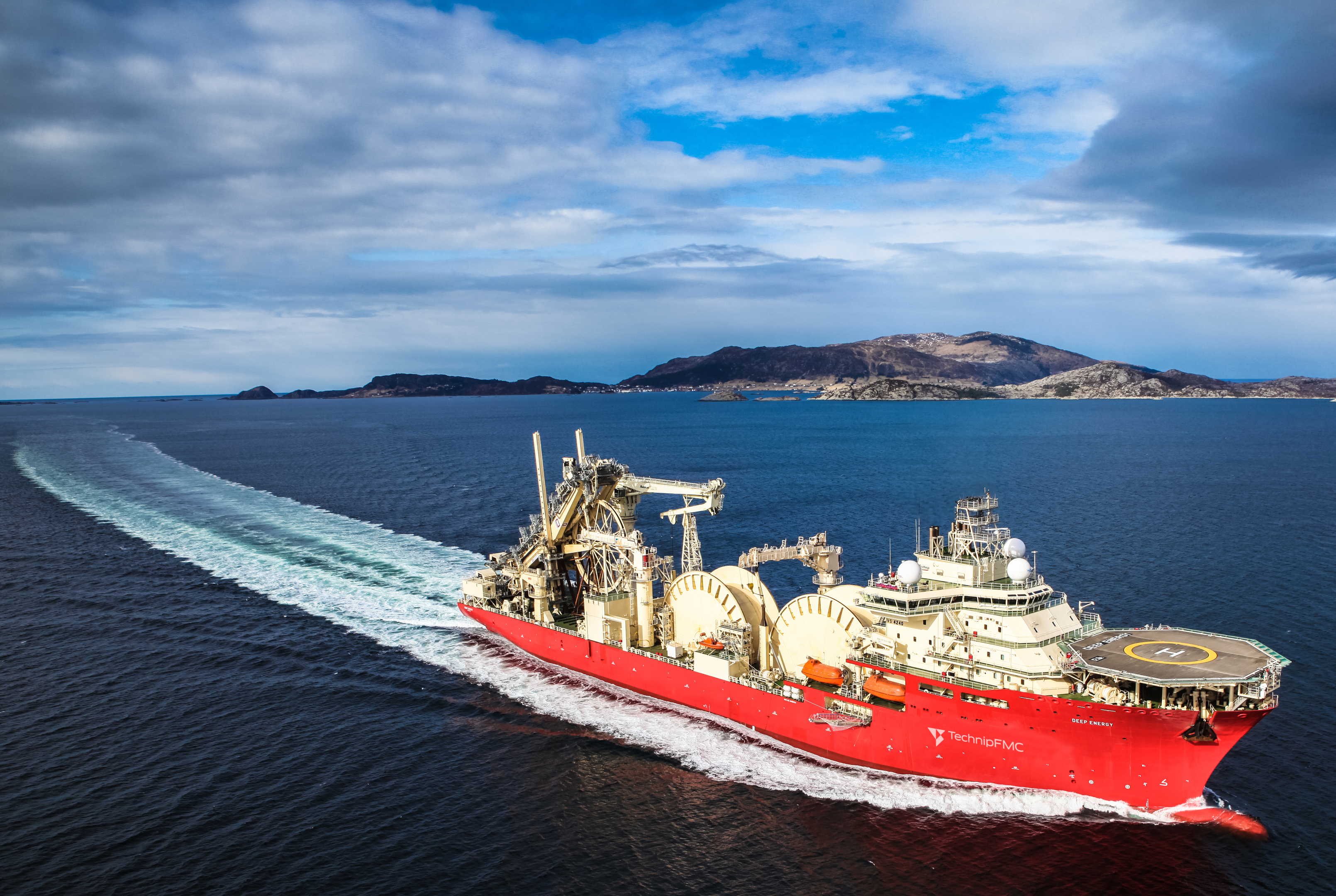 The Deep Energy, TechnipFMC's state-of-the-art pipelay vessel.  Copyright TechnipFMC