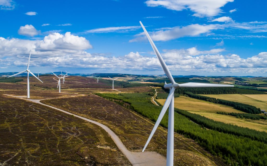 Onshore wind could save each consumer £50 annually, new research claims