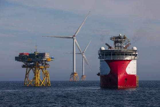 Beatrice turbine being fitted next to Skandi support vessel.
