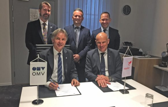 Johann Pleininger (left), executive board member responsible for Upstream in OMV, and Arne Sigve Nylund, Equinor's executive vice president for Development and Production Norway, signed the MoU this week. Behind: Knut Egil Mauseth (left), SVP North Sea & Managing Director OMV Norway, Asbjørn Løve, vice president Partner operated fields DPN, and Torger Rød, senior vice president project development TPD.