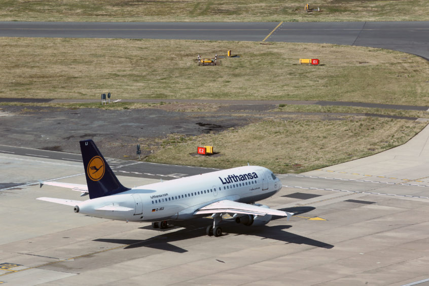 Lufthansa offers climate friendly fuel