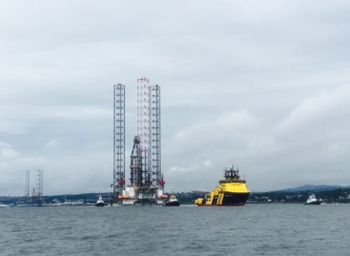 Ensco 121 heading off from Dundee Port on Sunday. Pic courtesy of Pirate Boats.