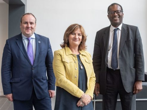 Left to right: Scottish energy minister Paul Wheelhouse MSP, Colette Cohen Chief Executive Officer of Oil and Gas Technology Centre, Uk energy minister Kwasi Kwarteng MP