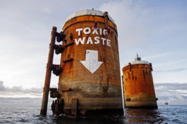 Updated: Greenpeace leave 'toxic waste' graffiti as they quit Shell's Brent Bravo