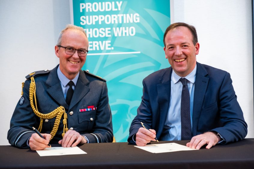 SSE pledges to support Armed Forces with work after service