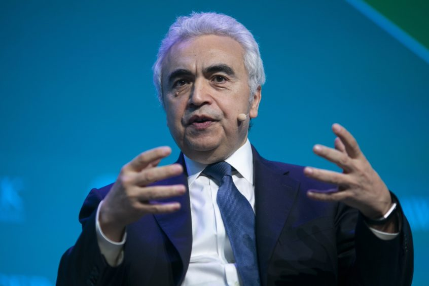 'Few signs' oil firms shifting spending habits to help tackle climate change, IEA warns